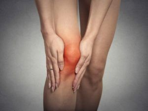 protesi-anca-ginocchio-artrosi-donna